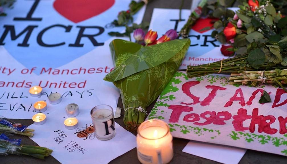Manchester 2017 terror attack memorial posters